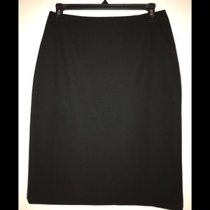 T Tahari black pencil skirt size 2